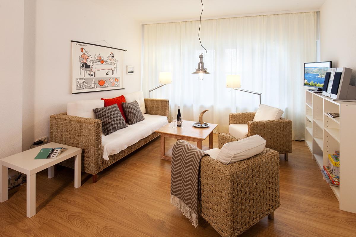 zimmer ferienwohnung gruppenunterkunft in heimbach eifel. Black Bedroom Furniture Sets. Home Design Ideas